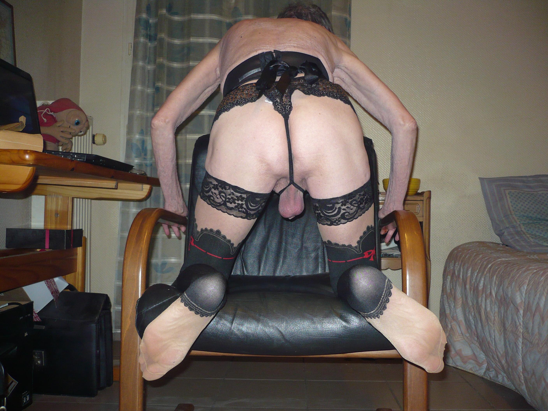 Bas noire et string noir - 3 5
